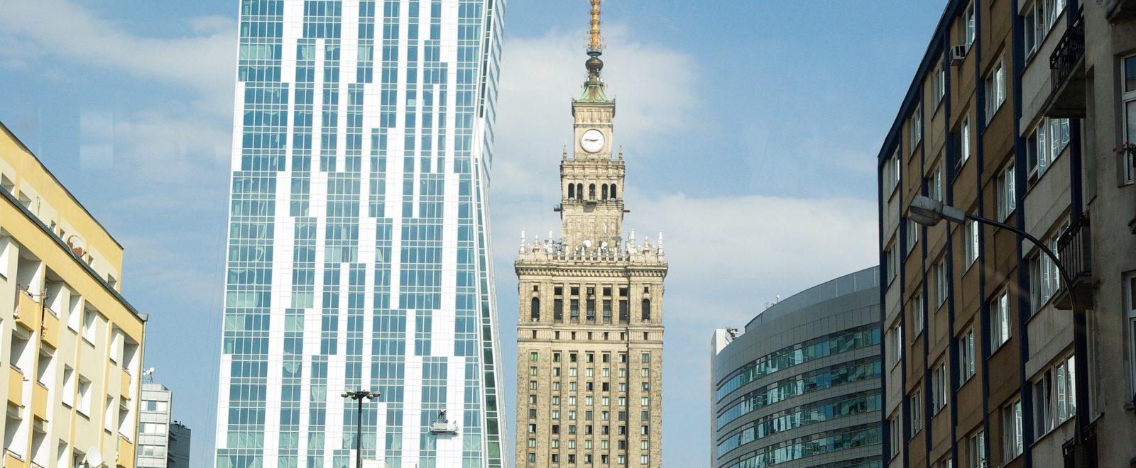 Usługi w zakresie finansów i inwestycji w Polsce